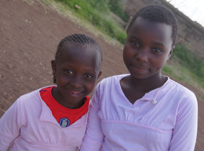 PW Africa Trip Ruben Centre Two Girls